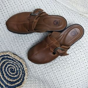 Crocs Leather Top Chunky Heel Buckled Mules